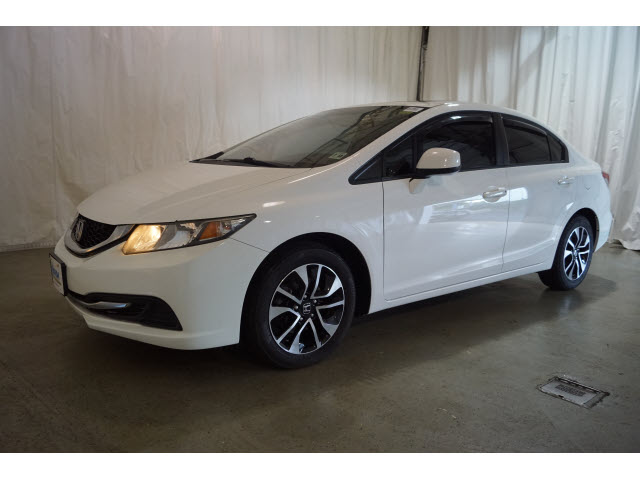 Pre-Owned 2013 Honda Civic 4dr Auto EX w/Navi