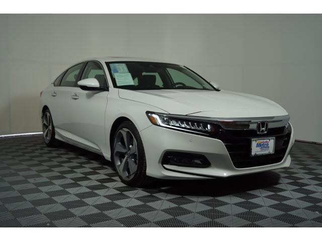 2018 Honda Accord Pictures >> New 2018 Honda Accord Touring 1 5t Cvt Fwd 4dr Car
